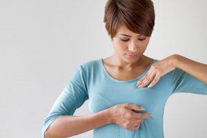 دلایل انجام عمل لیفت سینه چیست؟
